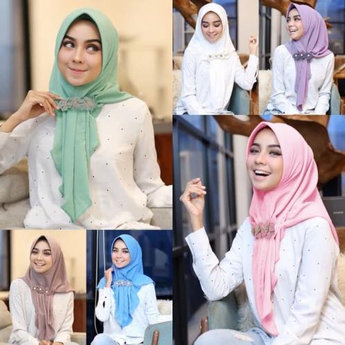 Hijab Aqilla Instan (Free Bros)