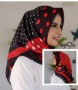 Segiempat Deeka Red Black Polka