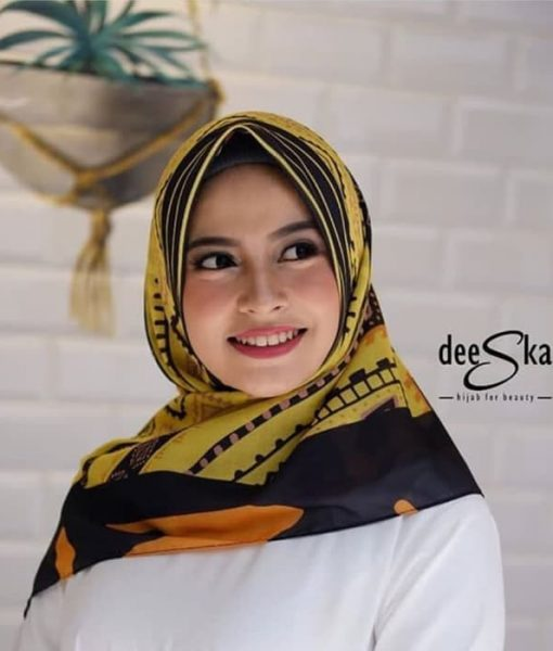 Segiempat Deeka Yellow